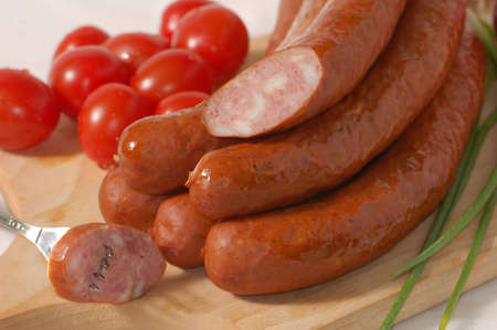 alimentary: Sausage with tomatoes and chives