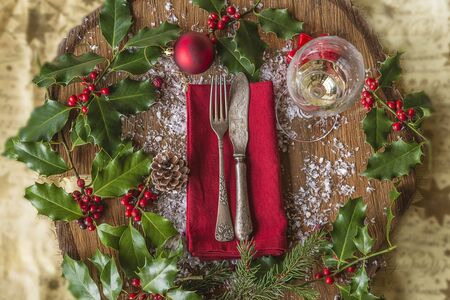 Festive place setting for christmas dinner Banque d'images
