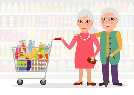 Personas mayores de compras. Pareja de jubilados con carrito de compras con comida en el supermercado. Ilustración de vector de estilo plano.