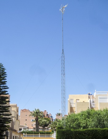 communal: TV aerial, mast or antenna for communal use in Spain