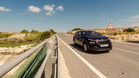 Car coming at me in Spain Foto de archivo - 120678182