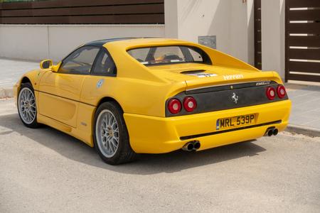 Ferrari F355 GTS car Foto de archivo - 122328687