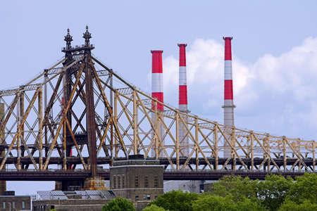 queensboro bridge: Side view of a rusty Queensboro Bridge in New York Stock Photo