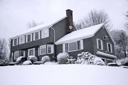 Traditional American colonial style house in winter Stock Photo - 3992285