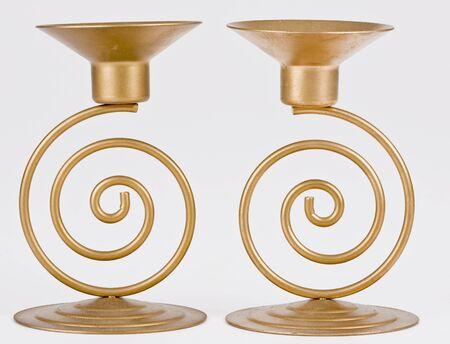 Zwei dekorative Kerze-Halter, isoliert auf weiss Standard-Bild - 5877555