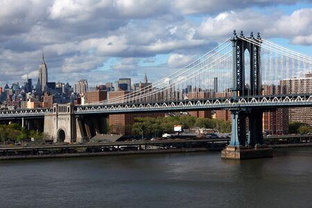 New York city skyline with focus on Manhattan Bridge over the East River Stock Photo - 6948139