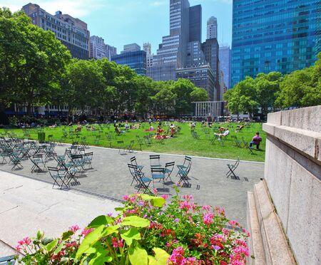Bryant Park in manhattan New York city on a summers day Standard-Bild