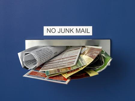 Junk Mail Letterbox Banque d'images
