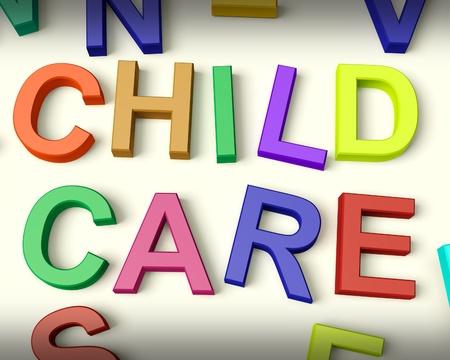 Kinderbetreuung in bunten Kunststoff-Kids Buchstaben geschrieben