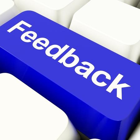 grading: Feedback de tecla equipo azul que muestra en su Opini�n y Encuestas