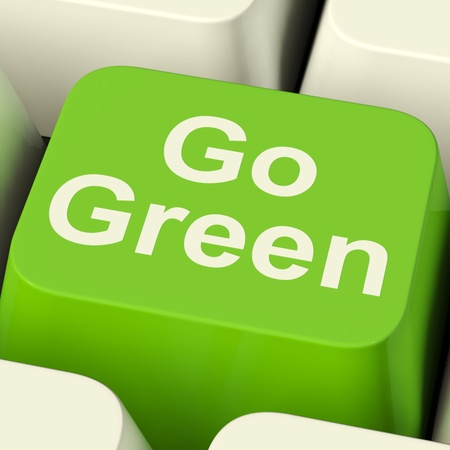 convivialit�: Aller touche d'ordinateur vert indiquant le recyclage et la gentillesse Eco Banque d'images