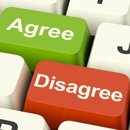 Nie zgadzam się i zgadzam klucze Online ankietę lub głosujących WWW Zdjęcie Seryjne