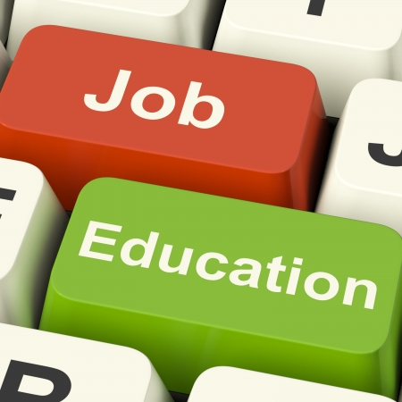 training: Baan en onderwijs Computer Keys toont de keuze van werken of studeren