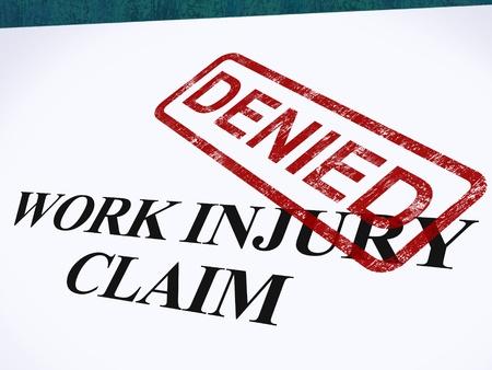 lesionado: Reclamaci�n de Accidente de Trabajo denegado Mostrando Gastos M�dicos Se niega a contestar Foto de archivo