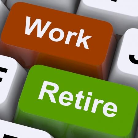 prendre sa retraite: Travail ou la retraite choix d'orientation Affichage d'ouvraison ou de la retraite Banque d'images