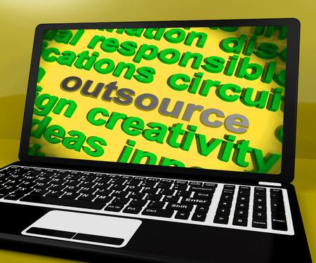 freiberufler: Outsource Bildschirm Bedeutung Contract Out To Freelancer