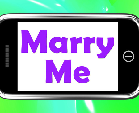 marry me: Marry Me On Phone Meaning Wedding Proposal Stock Photo