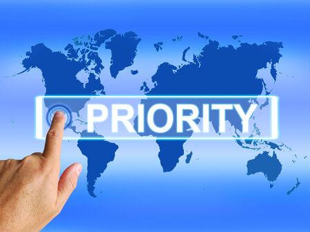 superiority: Prioridad mapa Mostrando superioridad o preferencia en importancia internacional Foto de archivo