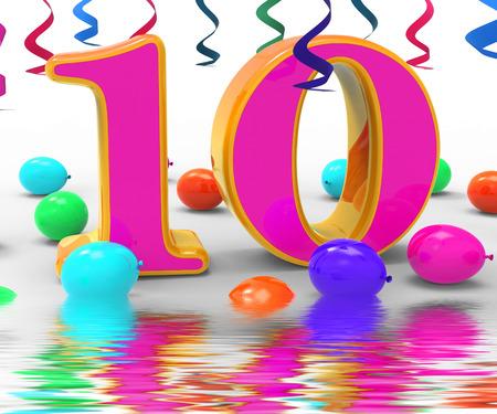 numero diez: Number Ten Partido Viendo cumplea�os decoraciones del partido y adornos Foto de archivo