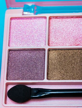 eyeshadow: Eyeshadow Makeup Brush Meaning Beauty Product And Glamour