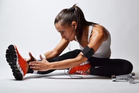 uygunluk: güzel spor kadın, stüdyo shot, Stok Fotoğraf