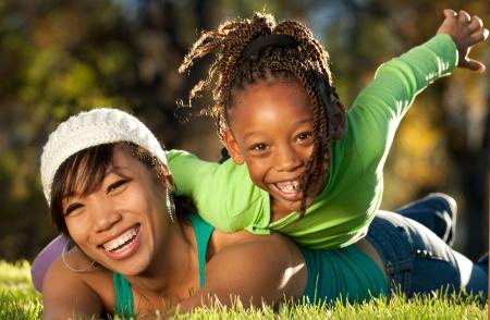mama e hija: Familia divertirse