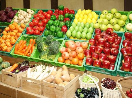 市場の果物屋 写真素材