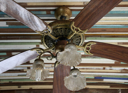 fan ceiling: Wooden ceiling fan in classic tropical style