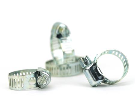fontanero: Peque�a pinza radiador de acero inoxidable aislado en fondo blanco
