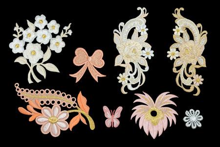 patrones de flores: Aislar la moda del bordado Escote Flor