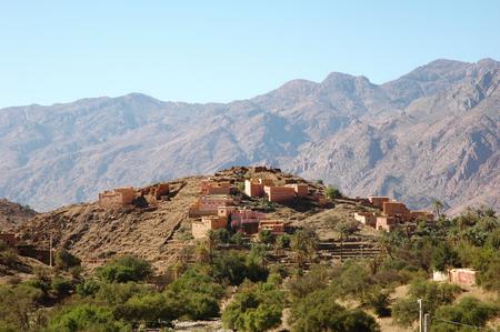 erg: House in the desert
