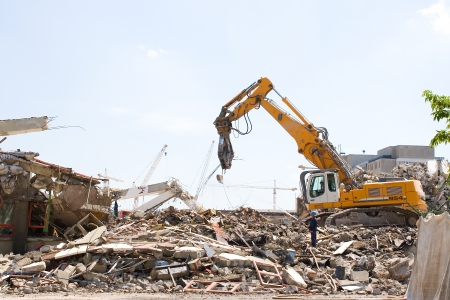 deconstruct: Demolition of an old building