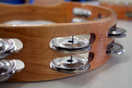tambourine: tamburello