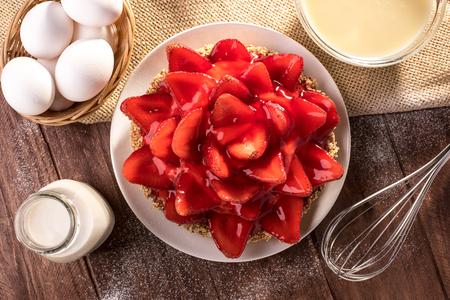 Traditional Brazilian Strawberry Pie Фото со стока