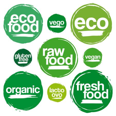 Reeks etiketten en labels voor Eco en Organic Food In Grunge Stijl. Voor de maaltijd en een drankje, Cafe, restaurants en biologische producten Packaging. In Verschillende Groene Tonen.