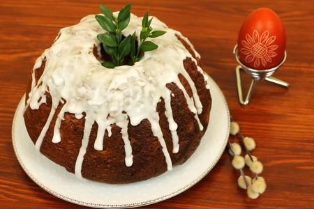 Polskie pyszne Easter ciasta z oblodzeniowych Zdjęcie Seryjne - 6997217