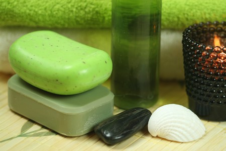 Luxury spa resort therapy in green colour. Relaxation moments Stock Photo - 7238412