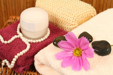 tiring: Spa therapy for beauty. Afternoon soothe for body and soul after tiring day Stock Photo