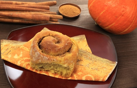 Pumpkin dessert - sweet yeast roll with spices Stock Photo - 10353833