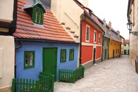 """Golden lane """"Zlata ulicka"""" in Praag, Tsjechië"""