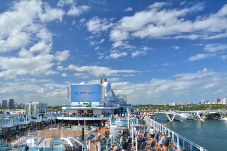 FORT LAUDERDALE, USA - MARCH 20, 2017 : Royal Princess ship sails away from Port Everglades in Fort Lauderdale. Royal Princess ship is operated by Princess Cruises line and has a capacity of 3600 passengers