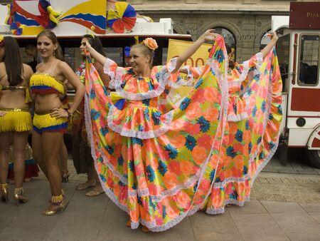 square dancing: warsaw, june 19 2010, carnaval de barranquilla parade warsaw castle square