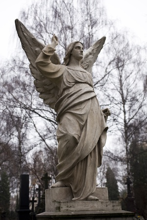 tombstone with an angel Stock Photo - 10253333