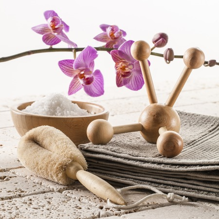 soothe: massage exfoliate and soothe with natural at spa center Stock Photo