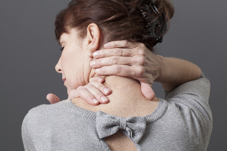 'head and shoulders': acupressure for relaxing shoulder and backache