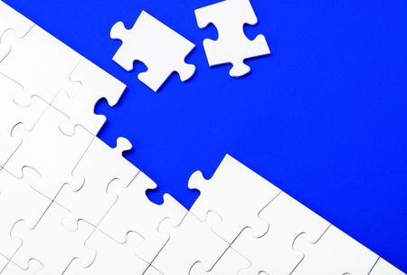 pices: Puzzles pices on blue background