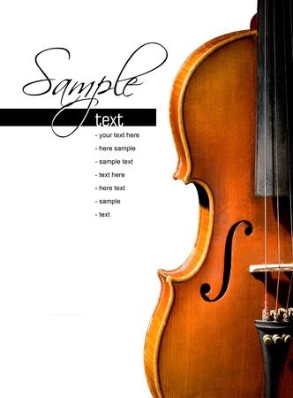 classical music: Viool op witte achtergrond Ruimte voor tekst op wit