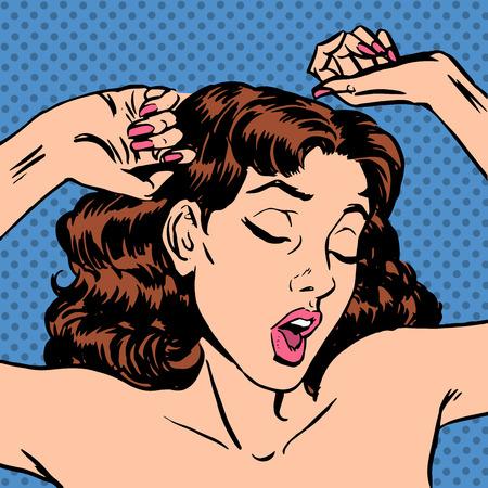 mujeres desnudas: Por la mañana, una mujer se despierta en la cama bostezando después de dormir. Manos muchacha desnudos emociones Snooze levantar el tiempo de trabajo, es hora de levantarse