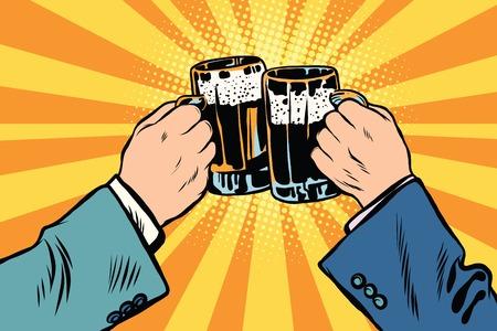 vasos de cerveza: Día de San Patrick o en las manos de tostado del cartel de Oktoberfest fiesta de la cerveza. Las personas que tintinean los vidrios de cerveza. Pub, barra pop art retro
