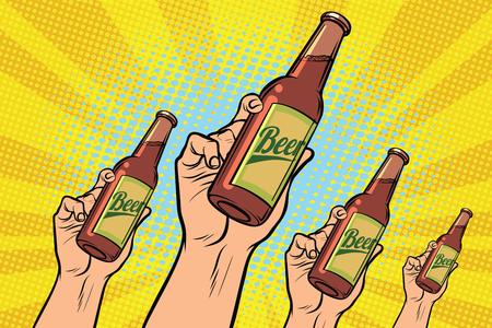 wiele rąk z butelką piwa